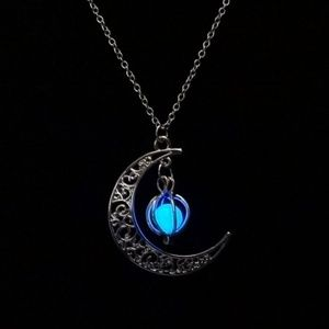 4/$25 Moon glowing necklace, charm, photo